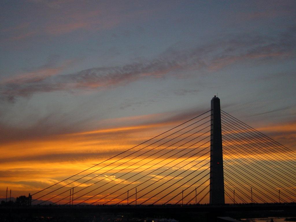 十勝川大橋の夕景