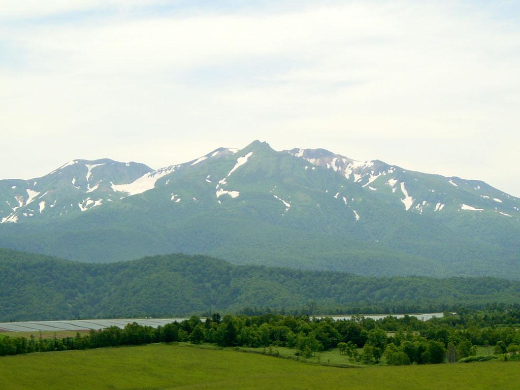 大雪山(アンガス牧場より)