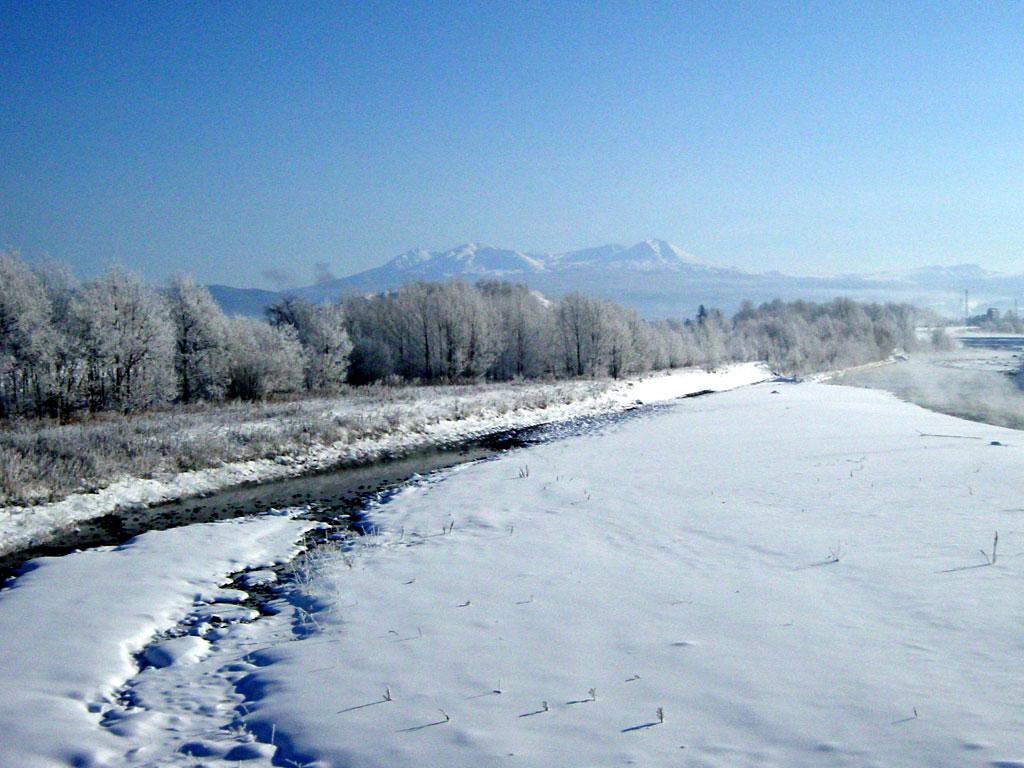 忠別川と大雪山
