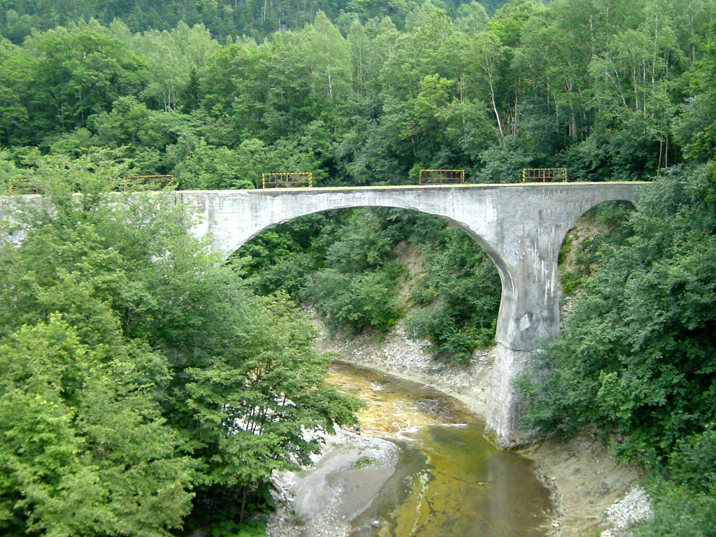 旧士幌線アーチ橋