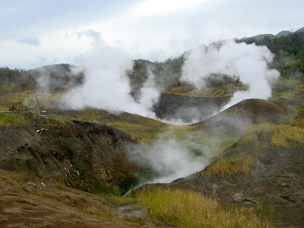 有珠山西山火口群