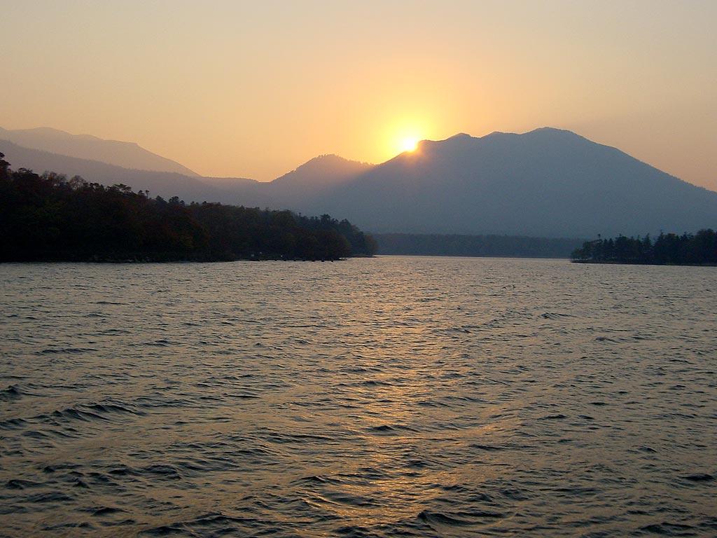 阿寒湖の夕景